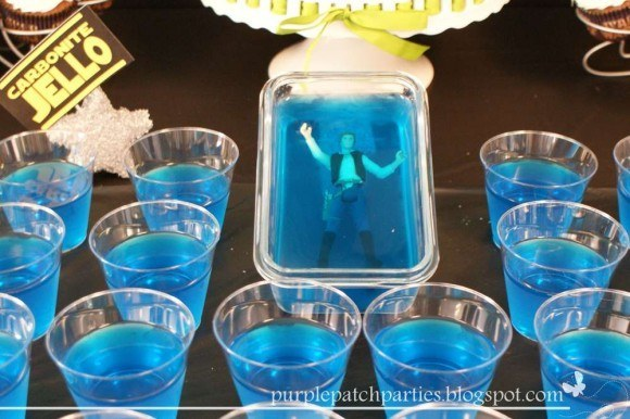Or kids can just eat their way to him in this Jell-O mold version.