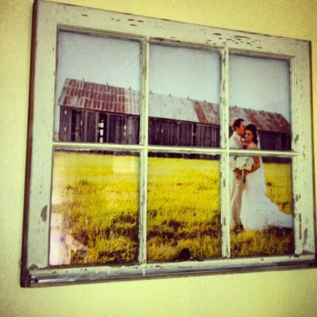 DIY - Vintage Window Pane Picture Frame. I could totally do this with the barn pics from my wedding!